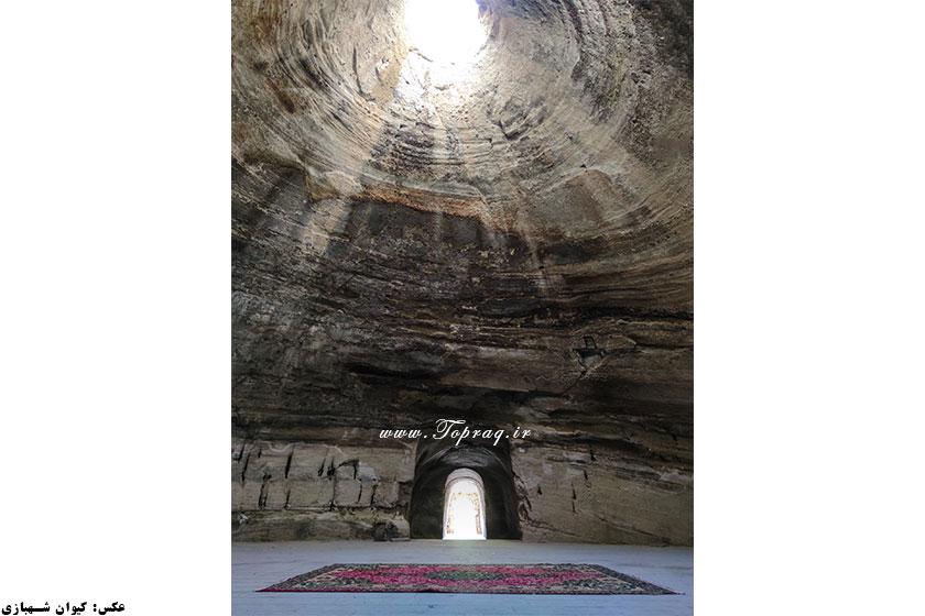 معبد بادامیار توفارقان قدمگاه آذرشهر